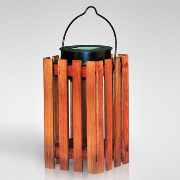 солнечный деревянный фонарь